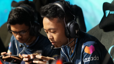 Photo of EVOS Esports companions with Lazada Indonesia