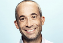Photo of Riot Video games provides EA veteran Jason Bunge as Chief Advertising Officer
