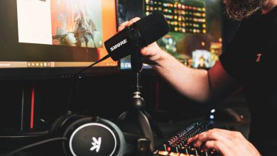 Photo of Fnatic Community companions with Shure Audio